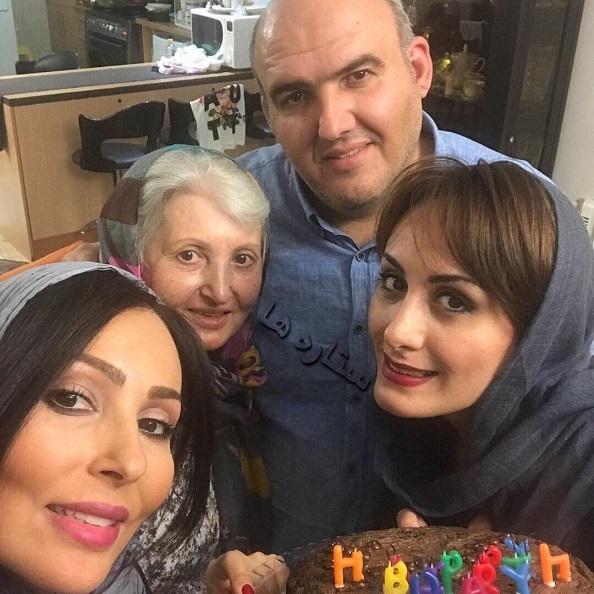 سلفی جالب بازیگر خانم و خانواده اش در جشن تولد 39 سالگی اش