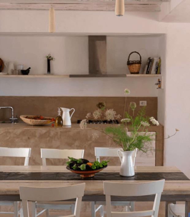 خانه ساحلی از جنس خاکستر آتشفشانی در ایتالیا