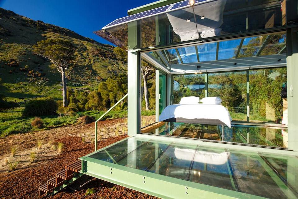 خانه زیبا و مجهز شیشه ای در دل طبیعت در نیوزیلند