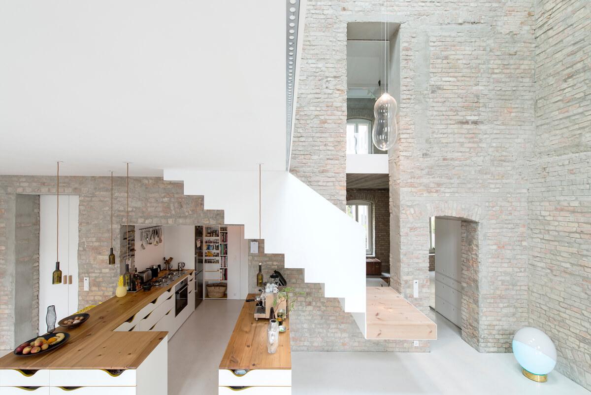 خانه قدیمی با دکوراسیون مدرن در برلین