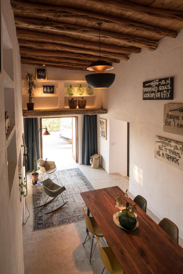 دکوراسیون مدرن مهمانخانه روستایی 200 ساله