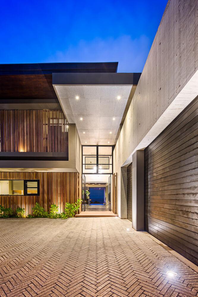 طراحی جسورانه خانه زیبایی در ساحل دلفین
