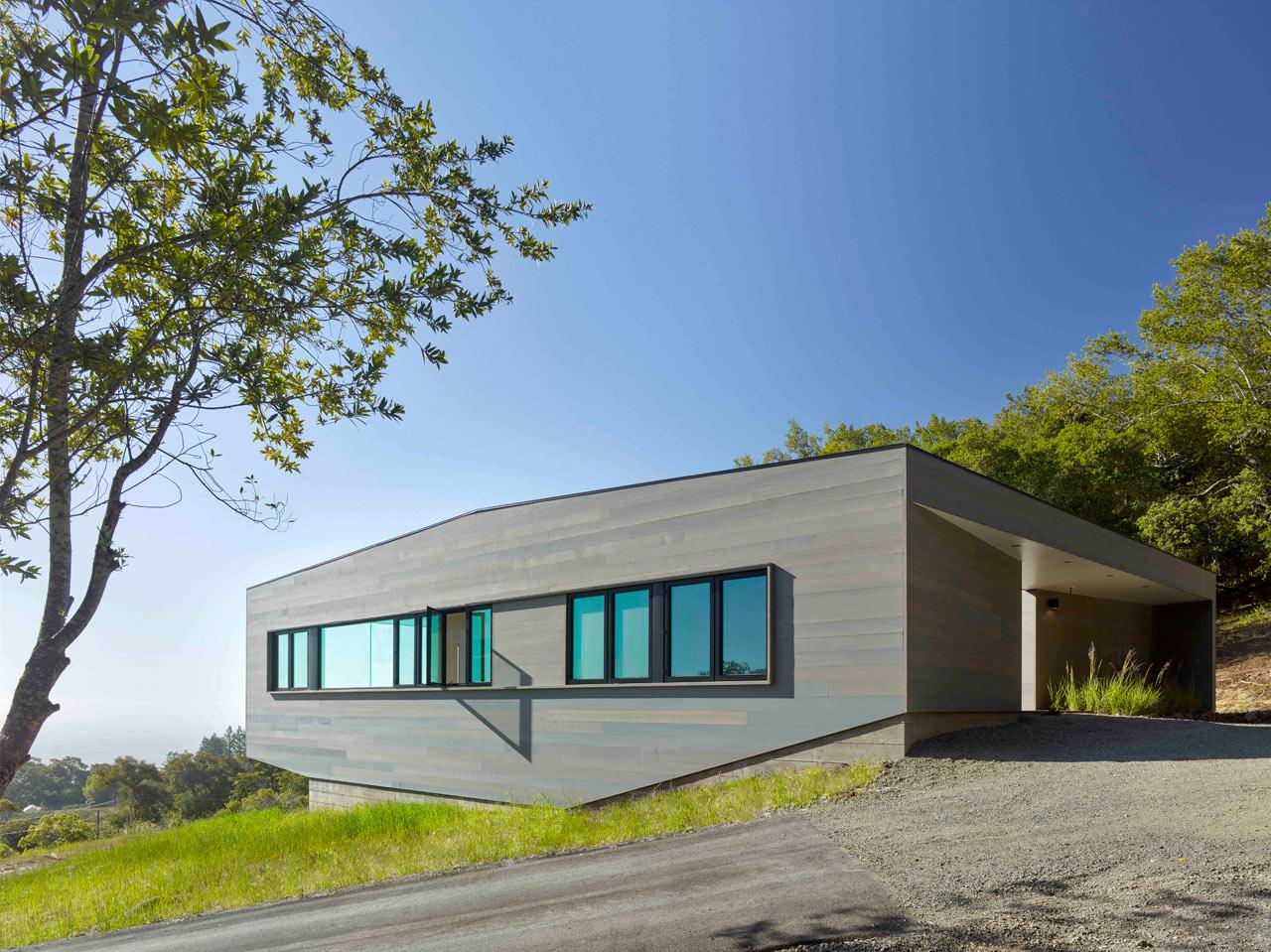 خانه زیبا و کوچک به شکل یک باکس ساده + تصاویر