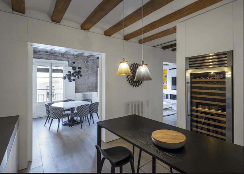 بازسازی آپارتمان مجلل قرون وسطی ای در بارسلونا