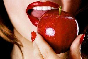 فواید خوردن سیب در کاهش وزن و پیشگیری از سرطان