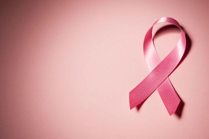 15 نشانه سرطان در خانم ها