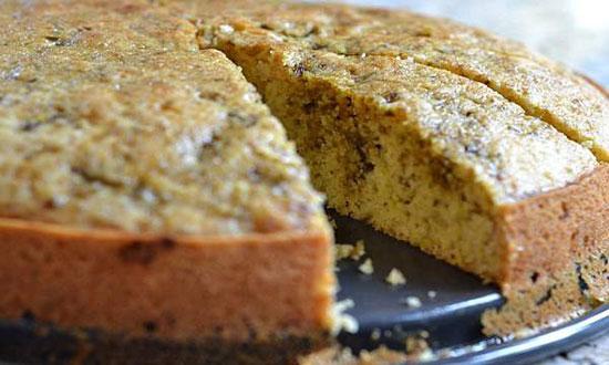 طرز پخت کیک روغن زیتون و میوه خشک و خشکبار