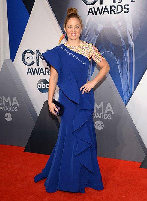 مدل لباس اریکا کریستنسن Erika Christensen در CMA awards 2016