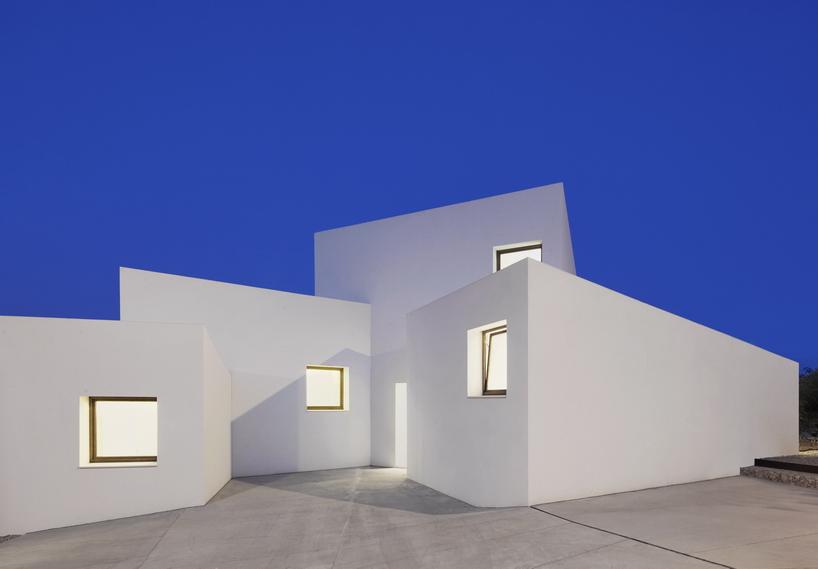 خانه زیبا و سازگار با محیط زیست در اسپانیا