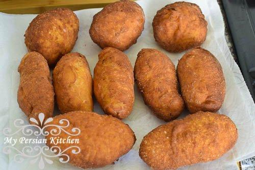 طرز تهیه پیراشکی کلم و هویج، غذایی ویژه گیاهخواران