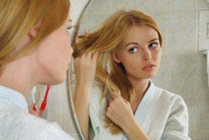روش های ساده برای جلوگیری از سفید شدن زودهنگام مو