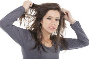 علت زود چرب شدن موها چیست؟