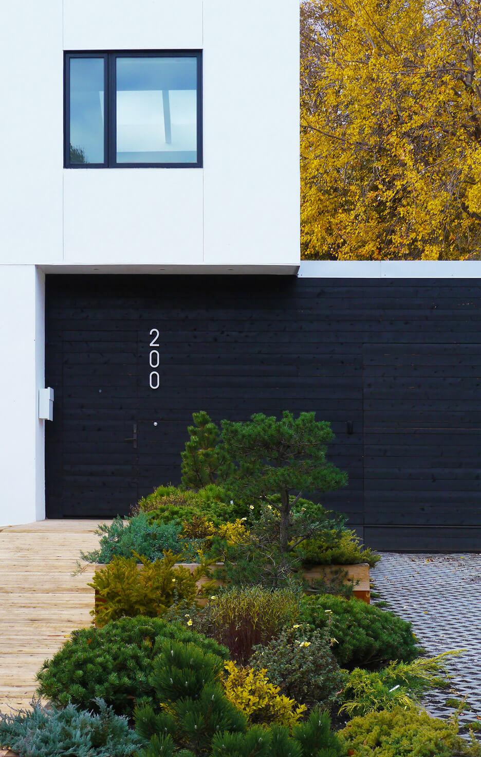 خانه مدرن با عایق بندی کاه و سازگار با محیط زیست در انتاریو + تصاویر