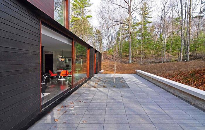 خانه مدرن با طراحی زیبا و سازگار با محیط زیست در ویسکانسین آمریکا