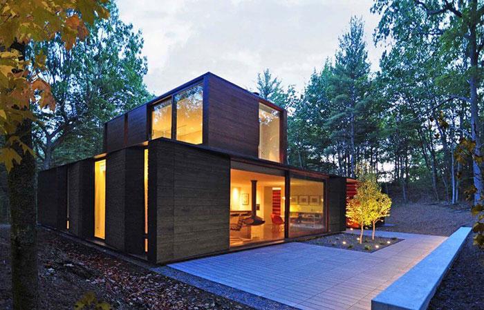 خانه ای با طراحی گرافیکی و پوشش گیاهی زیبا در ویسکانسین آمریکا + تصاویر
