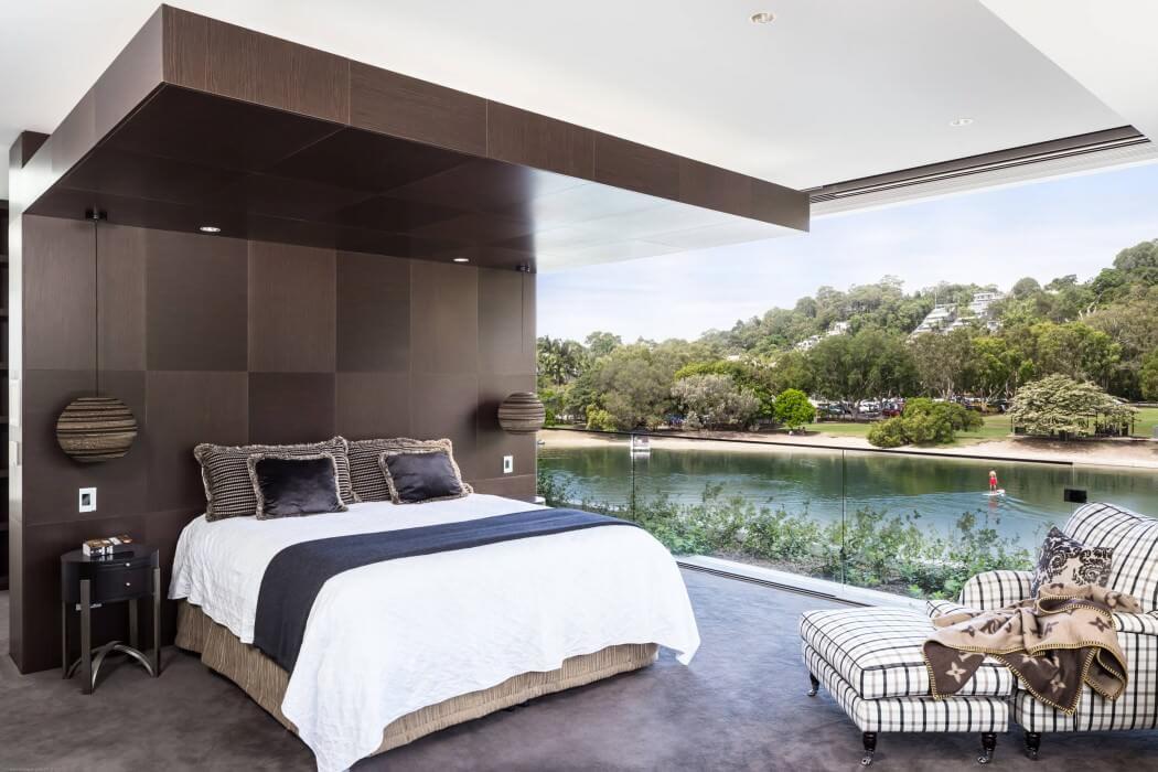 خانه جعبه ای سفید رنگ با دکوراسیون چوبی در استرالیا + تصاویر