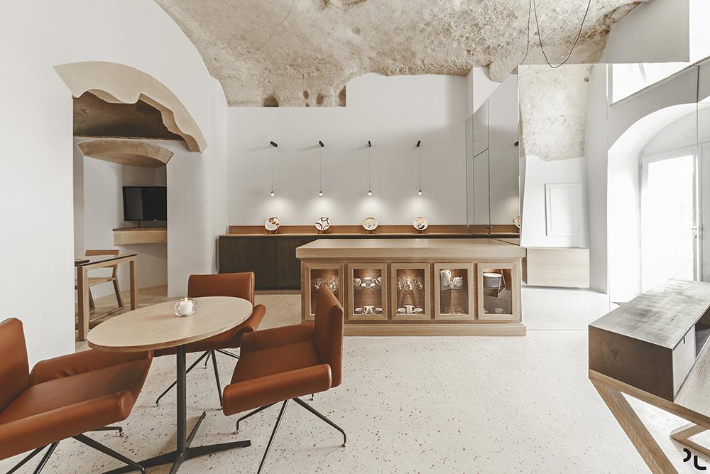 هتل لادیمورا دی میتیلو با معماری خیره کننده و معاصر