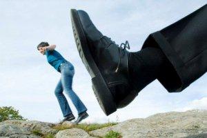 علل خیانت و بی وفایی مرد به همسرش چیست؟