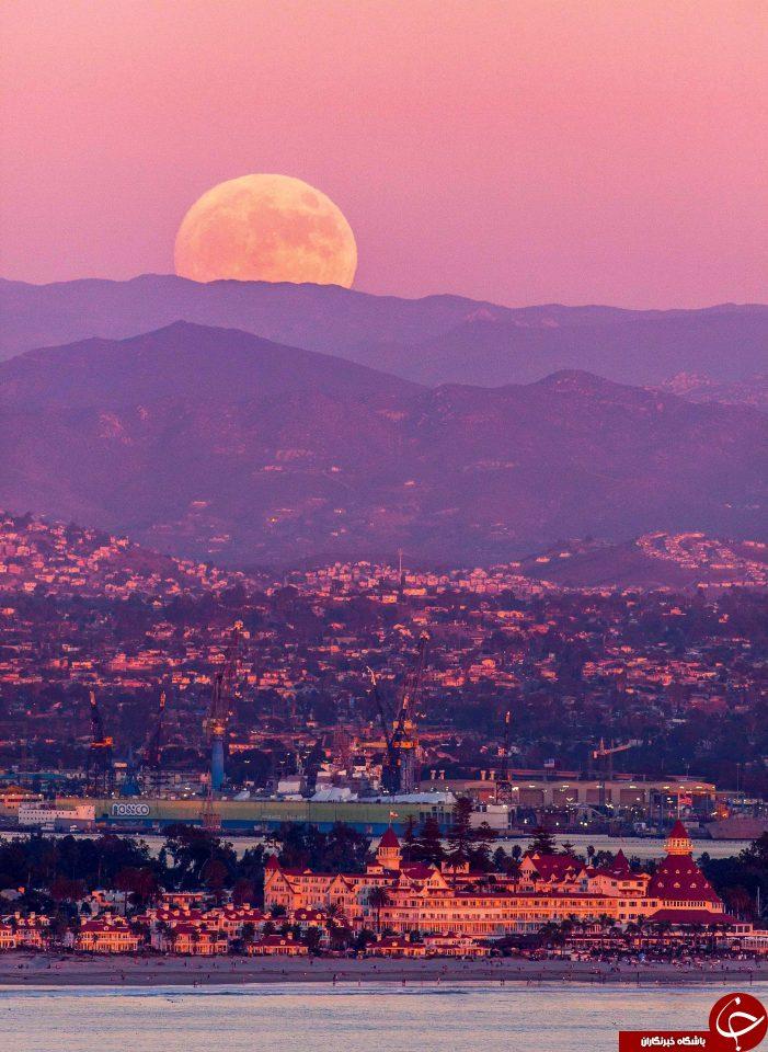 ابر ماه در سن دیگو، کالیفرنیا