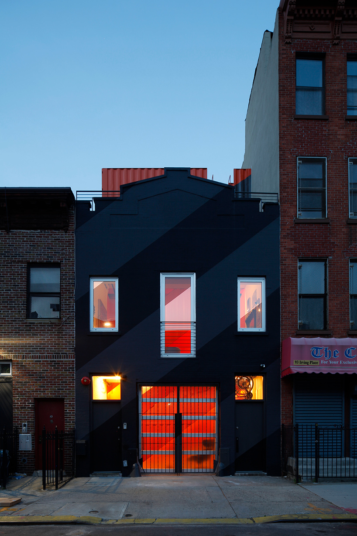 پنت هاوس ساخته شده از کانتینر در بروکلین