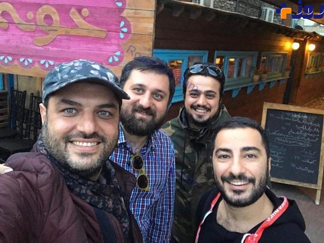 سلفی سام درخشانی و دوستانش موقع ناهار + عکس