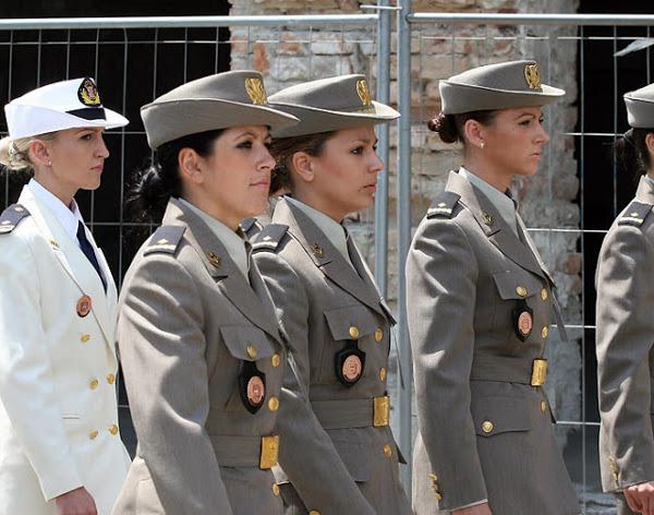 دختران و زنان زیبای ارتشی کروتیا