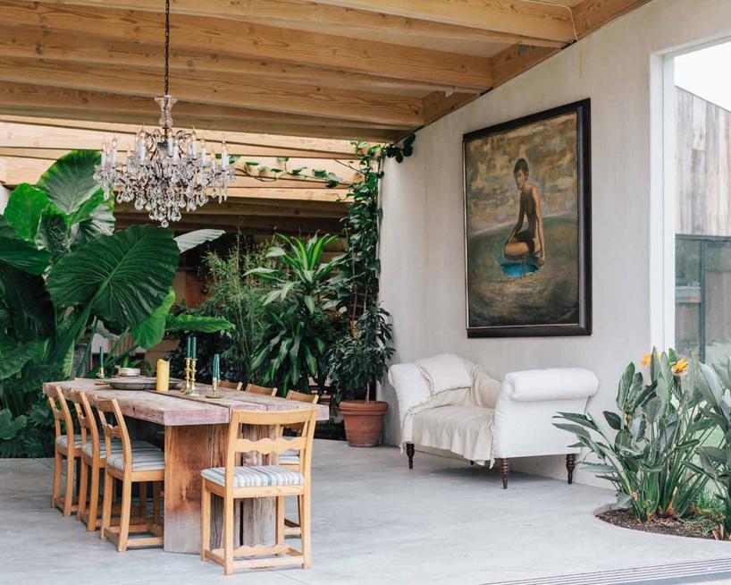 بازسازی انبار مخروبه و تبدیل آن به خانه هنرمندی در کالیفرنیا