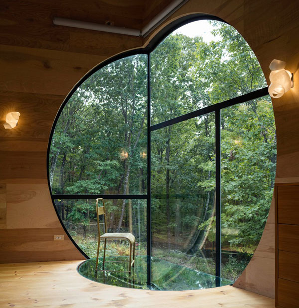 استیون هال خانه ای با الهام از اشکال هندسی در نیویورک ساخته است
