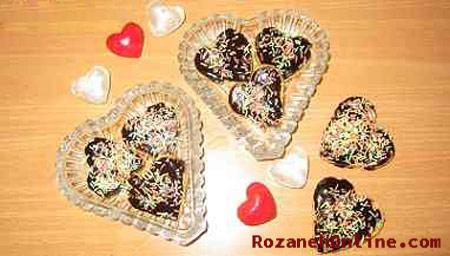 درست کردن شکلات های قلبی شکل مخصوص روز ولنتاین