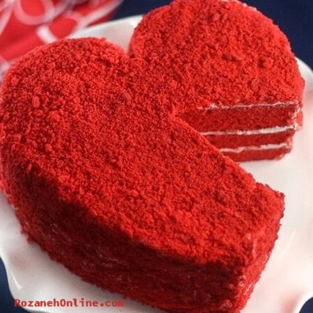 کیک قلب مخملی قرمز برای روز ولنتاین