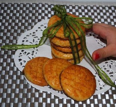 پختن شیرینی عید نوروز در خانه