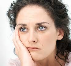 چرا زنان به سندرم بیوگی دچار می شوند؟