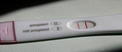 بارداری در روزهای اول چه علائمی دارد؟