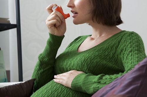 آیا در دوران بارداری داشتن آسم خطرناک است؟