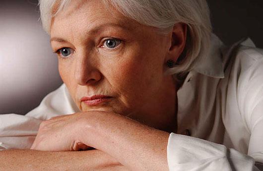 مبتلا به افسردگی با نزدیک شدن به دوران یائسگی