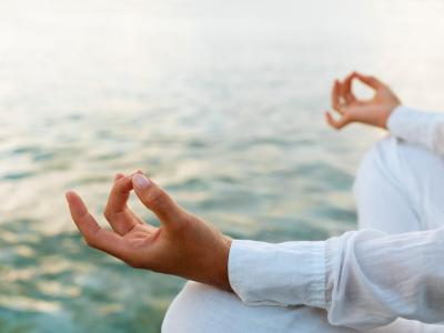 درمان افسردگی زنان باردار با ورزش یوگا