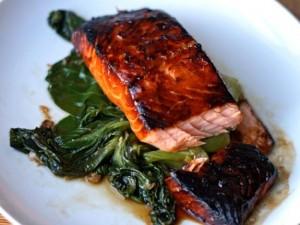 طرز تهیه ناهار رژیمی ماهی سالمون با سس سویا