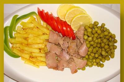 آموزش پخت غذای کم کالری سالاد تن ماهی با گوجه و ترخون