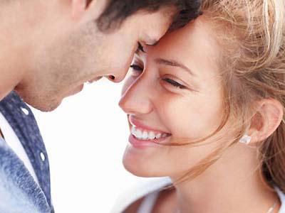 دست یابی به جوانی با یک رابطه زناشویی موفق