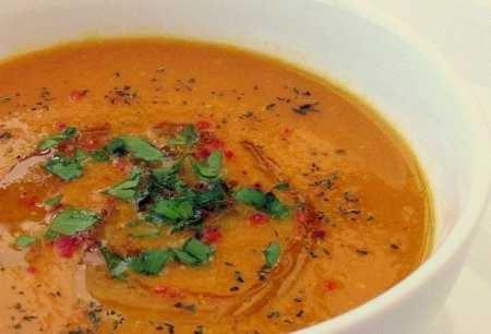 چگونه سوپ فلفل دلمهای تهیه کنیم؟