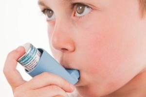 بررسی ارتباط بین آلودگی و آلرژی