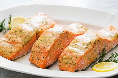 طرز تهیه ماهی بدون بو سالمون با سس آب نارگیل