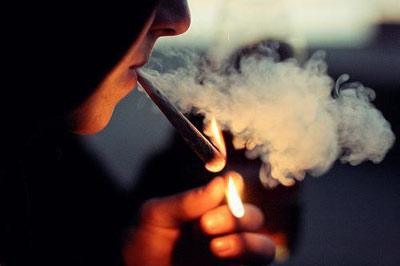 دود سیگار چه تاثیری بر آلرژی دارد؟