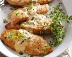 چگونه مرغ را با سس خامه و خردل مزه دار کنیم؟