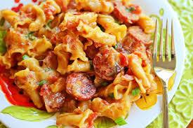 روش طبخ جدید ماکارونی با سوسیس و پنیر ریکوتا