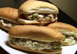 چگونه ساندویچ تن ماهی آتشین درست کنیم؟