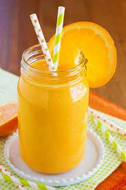 چگونه یک اسموتی توت و پرتقال خوشمزه تهیه کنیم؟