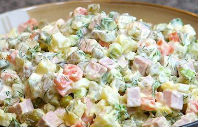 طرز تهیه غذای رژیمی سالاد سیبزمینی با ماهی