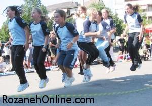 آموزش پرش با طناب نامرئی بوسیله حرکت Invisible Jump Rope