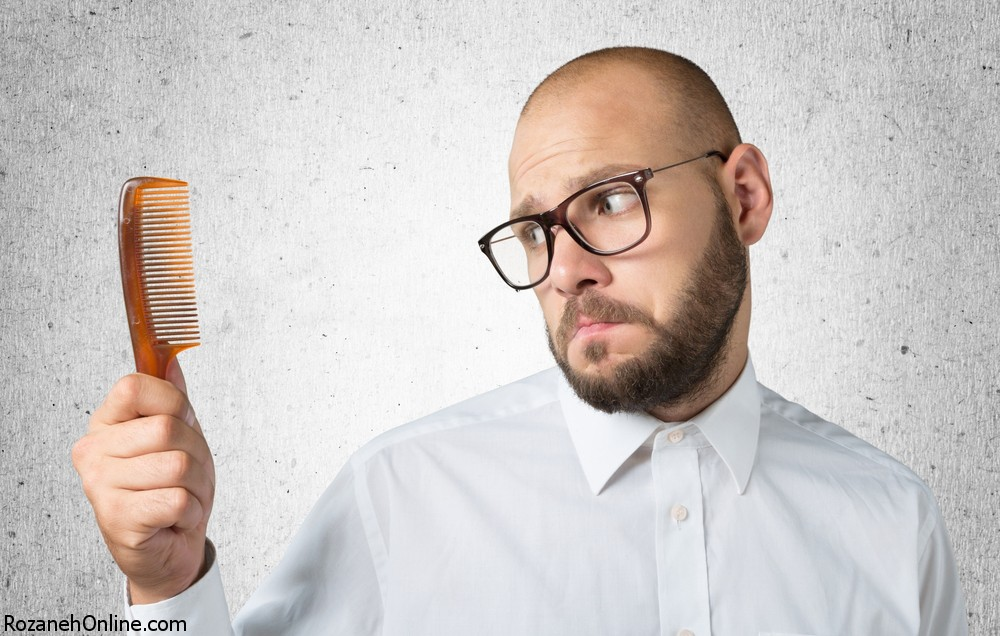 افراد کم مو و همراه داشتن شانه